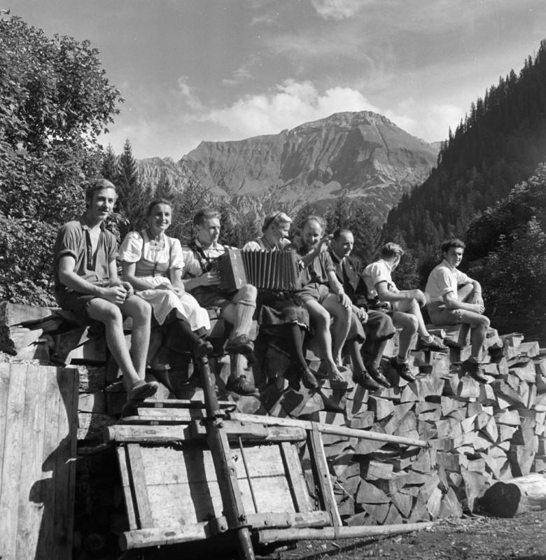 Auf der Alp, 1949