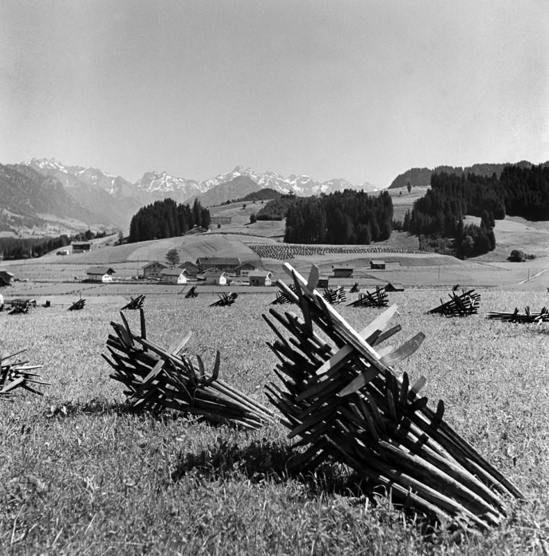 Huinzen liegend, 1939