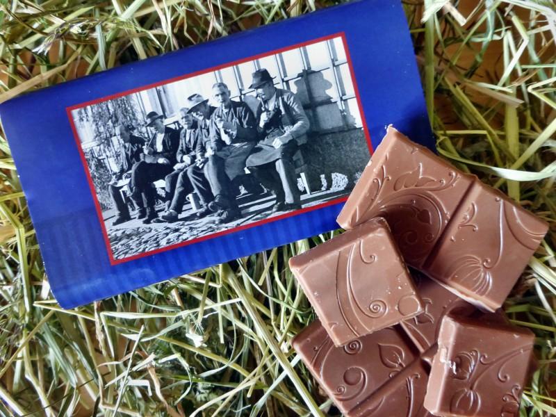 """Lala Schokolade """"Männer auf der Bank"""""""