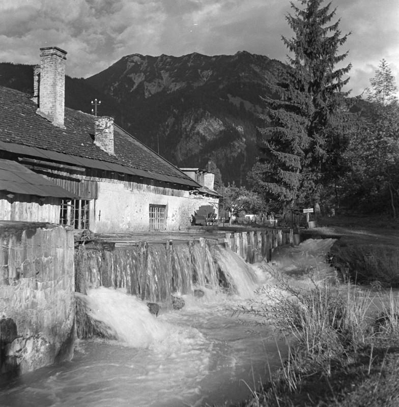 Haus am Fluß, 1950