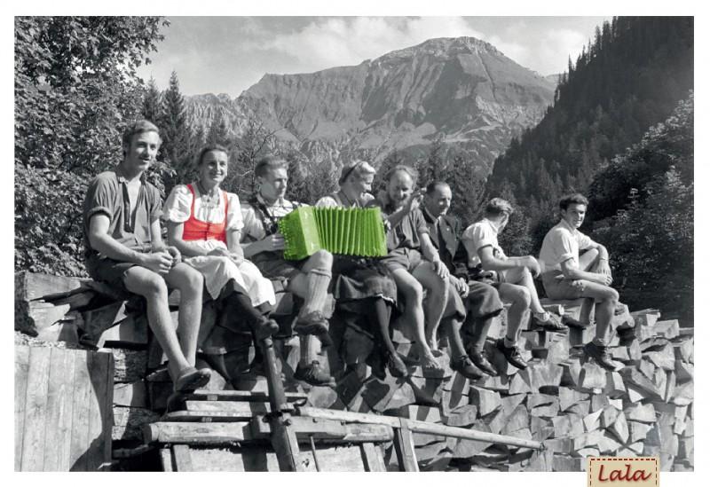 """Postkarte """"Auf der Alm"""""""