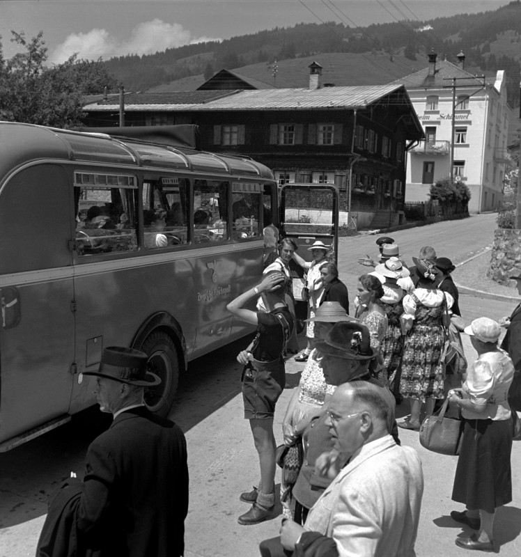 Busfahrt ins Grüne, 1940