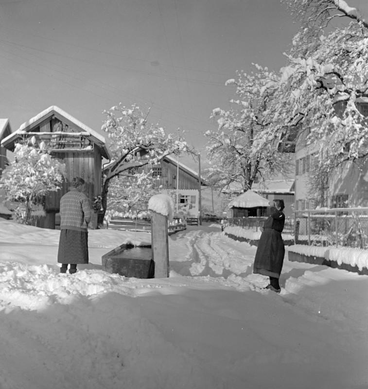 Frauengespräch, 1939