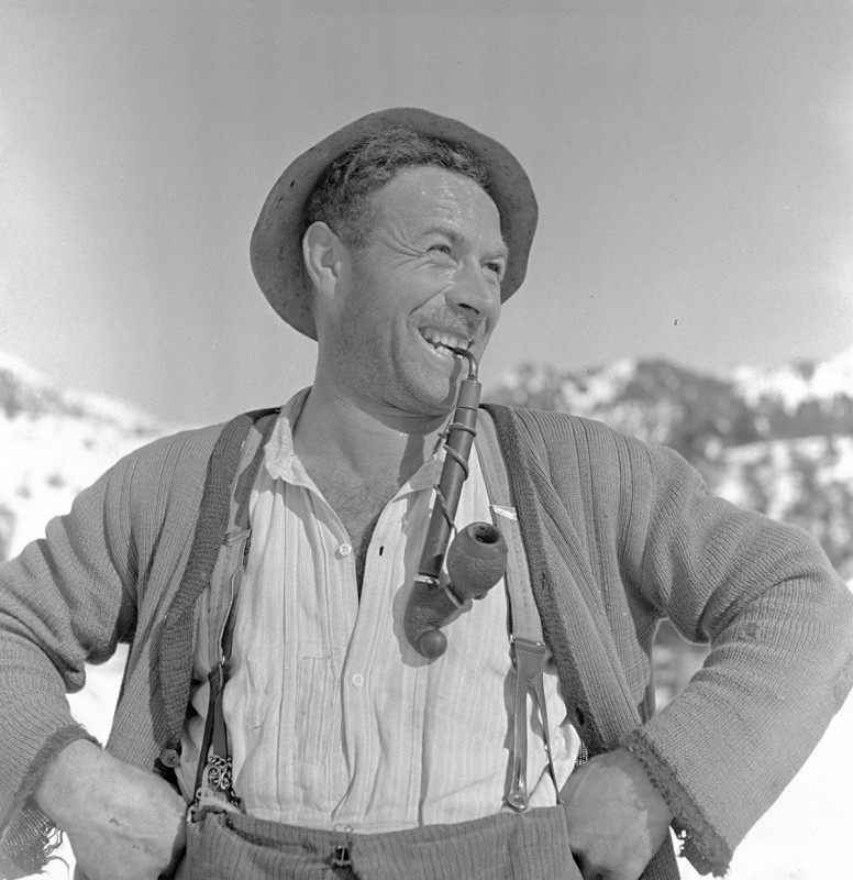 Mann mit Pfeife, 1939